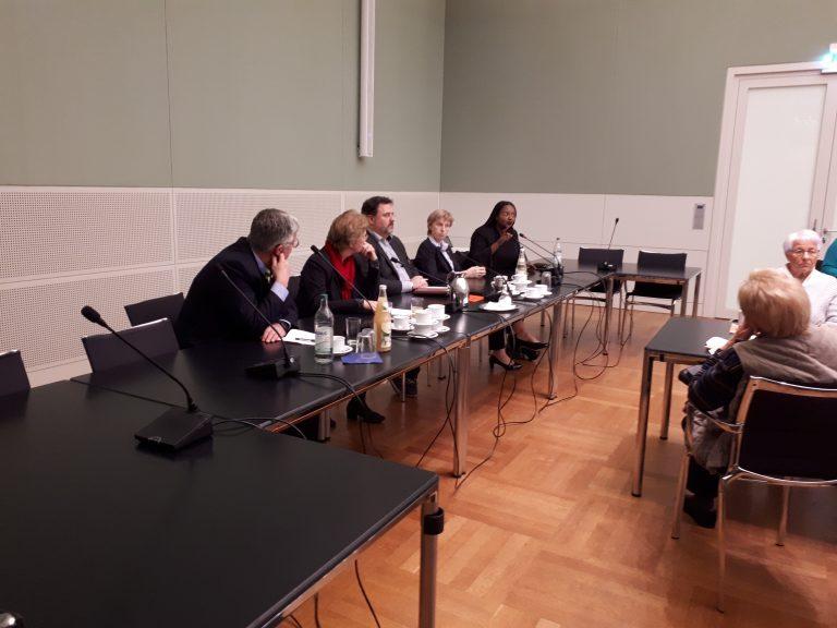 Diskussionspartner von den Fraktionen Bündnis 90/Die grünen; CDU; SPD und FDP
